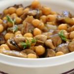 חומוס ופטריות מבושלים