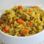 אורז מלא עם עדשים שחורות וגזר