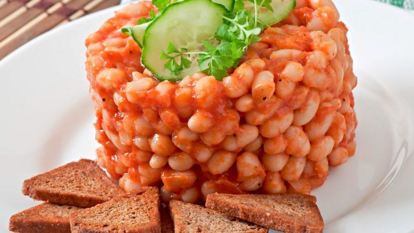 שעועית ברוטב עגבניות